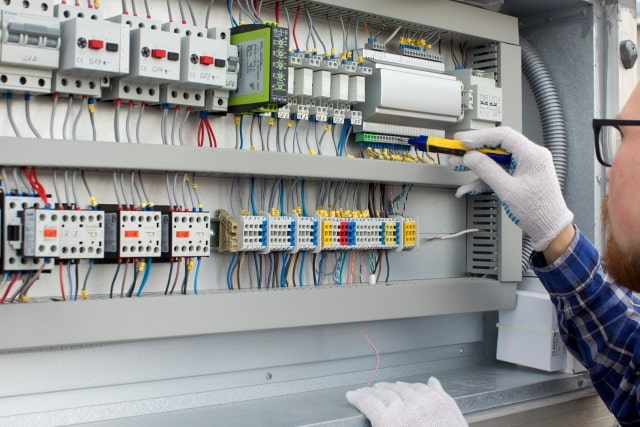 第二種電気工事士の合格発表・試験日・試験時間・試験会場など